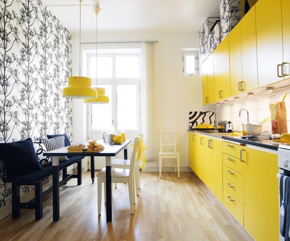 Кухня в желтом цвете в интерьере